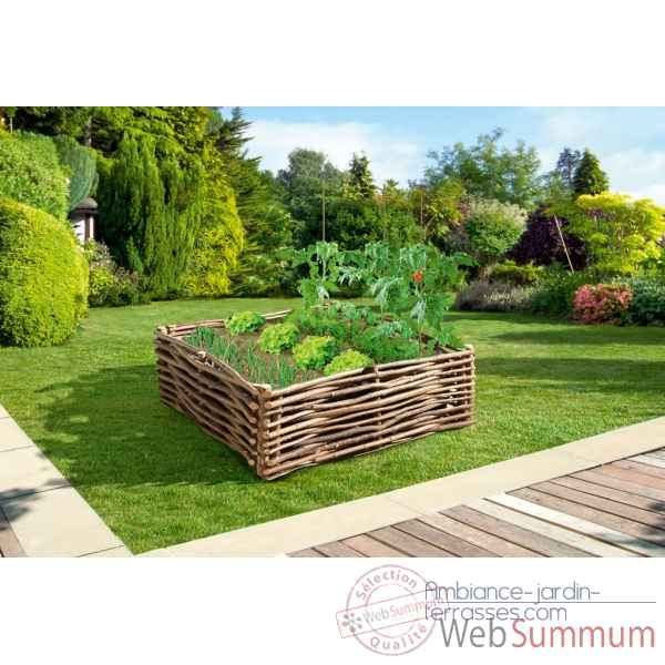 Wood garden kit potager en noisetier intermas dans for Amenagement jardin bordure